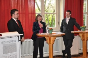 Bezirksvertreter Stefan Clemens Müller, Ursula Gärtner MdR, Ortsverbandsvorsitzender Andreas Henn